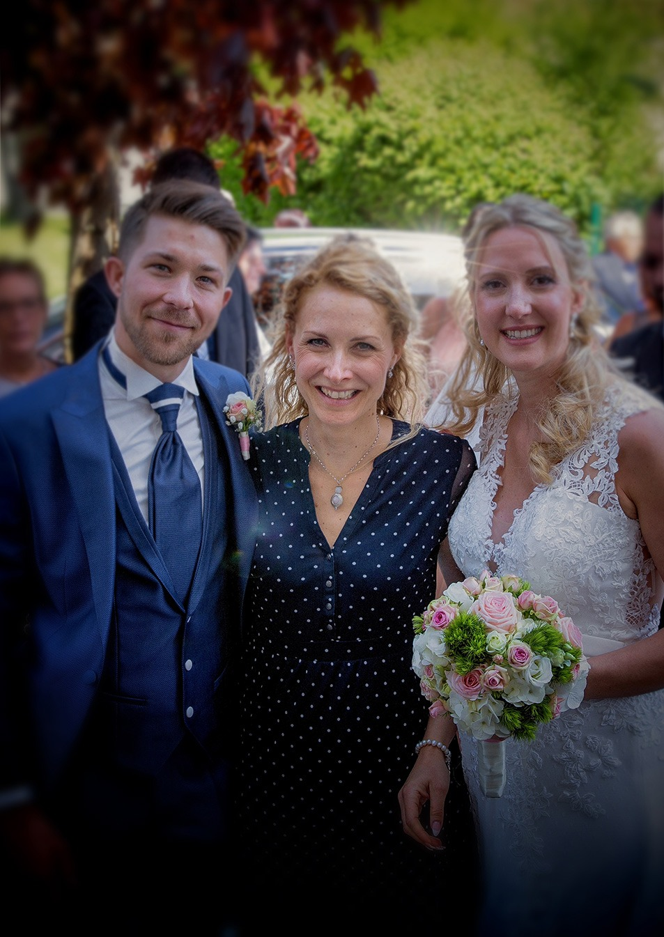Hochzeitssängerin Christina Meißner mit Hochzeitspaar